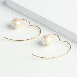 Pearl Heart Back Stud Earrings in Gold