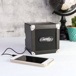 Luckies Battery Powered Cardboard Phone Speaker