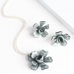 Acrylic Rose Necklace and Earring Set in Grey