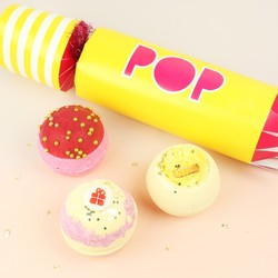 Bomb Cosmetics 'Pop' Cracker