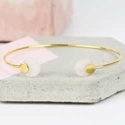 Round Rose Quartz Feature Gold Bangle