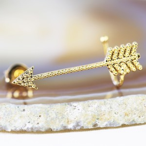 Gold Arrow earcuff