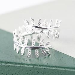 Fern Leaf Ring in Silver