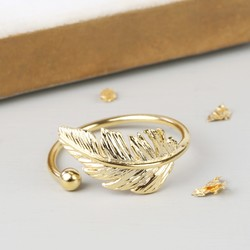 Gold Single Feather Ring