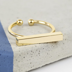 Shiny Gold Bar Ring