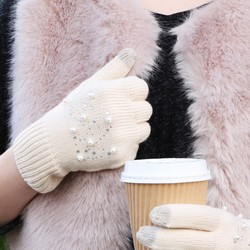 Cream Pearl Touch Screen Gloves