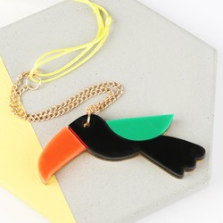 Meri Meri Acrylic Toucan Necklace
