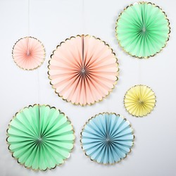 Meri Meri Pack of 6 Pastel Pinwheel Decorations