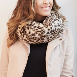 Leopard Print Faux Fur Snood