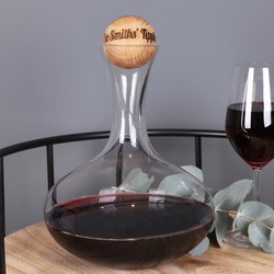 Wine Carafe with Personalised Oak Stopper