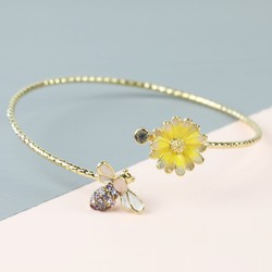 Daisy and Bee Open Bangle in Gold