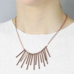 Bar Feature Necklace in Rose Gold