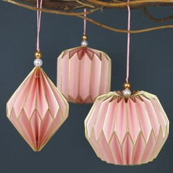 Set of 3 Geometric Paper Hanging Decorations in Pink
