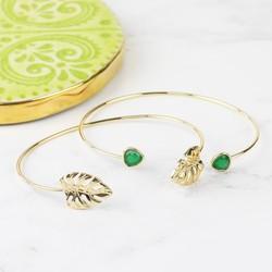 Orelia Monstera Leaf and Gem Open Bangle Set