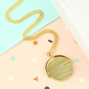 Short Gold Spinning Disc Necklace