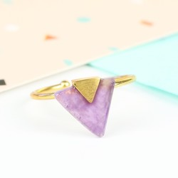 Triangle Amethyst Stone Ring in Gold