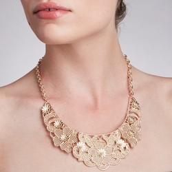 Gold Lace Flower Collar Necklace