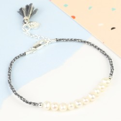 Twisted Cord & Pearl Bracelet in Grey