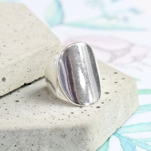 Silver Oval Ring - Medium