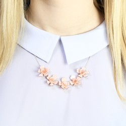 Acrylic Multi Rose Necklace in Dusky Pink