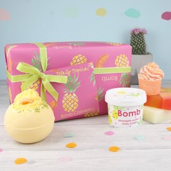 Bomb Cosmetics 'Totally Tropical' Gift Set
