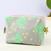 House of Disaster Hi-Kawaii Cactus Make Up Bag
