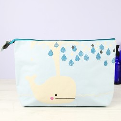 House of Disaster Hi-Kawaii Whale Wash Bag
