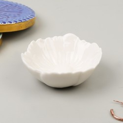 Small White Flower Trinket Dish