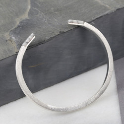 White Marble Tipped Bar Bangle in Silver