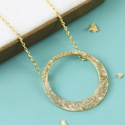Etched Asymmetrical Hoop Pendant Necklace in Gold