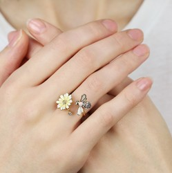 Daisy and Bee Adjustable Ring in Gold