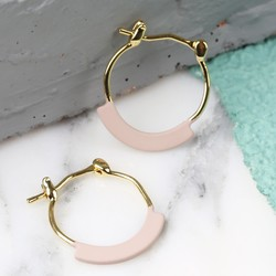 Curved Bar Gold Hoop Earrings in Matt Dusky Pink
