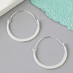 Shiny Half Hoop Earrings in Silver