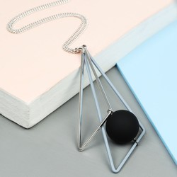 Long Matt Triangle and Ball Pendant Necklace in Grey