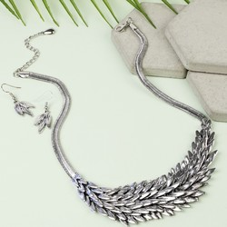 Silver Cleopatra Necklace and Earring Set