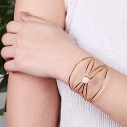 Geometric Crossover Rose Quartz Bangle in Gold